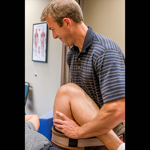 Renew_Physical_Therapy_Hip Pain Physical Therapy Treatment Near Portland-2
